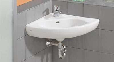 Hoekwastafel In Een Kleine Badkamer