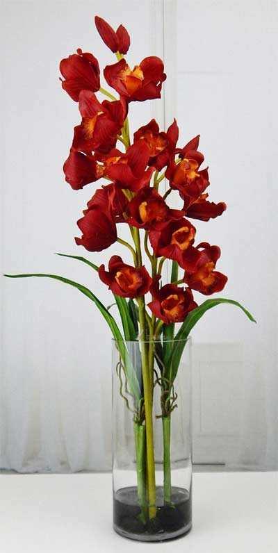 Rode Kunstbloemen
