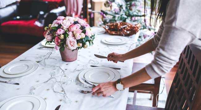 Thuis Een Etentje Met Thema Organiseren