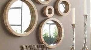 Verschillende Spiegels Ophangen