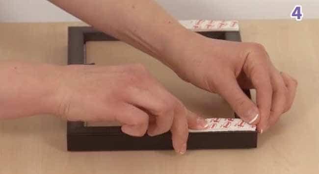 Stap 4 - Strips Op Kader Plakken